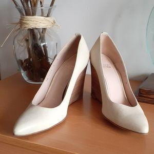 Stuart Weitzman Wooden Heel Wedge Pointy Shoes 9